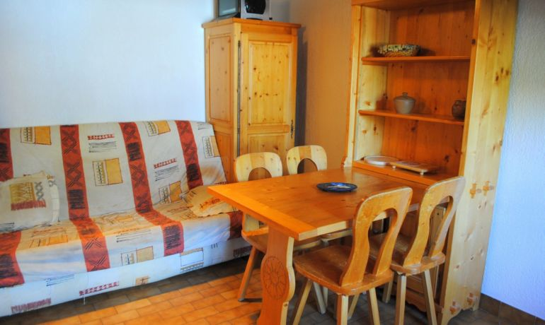 Appartement dents blanches